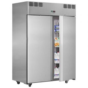 Solid Door Chiller Refrigerator Italia 142cm (4.65ft) - 909 Litre